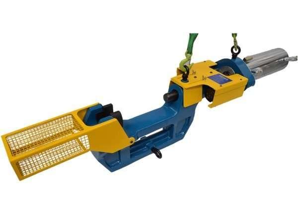 medium track pin pusher
